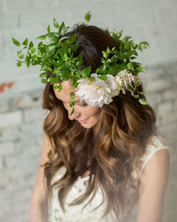 Savannah's Garden designed this earthily elegant crown of wispy greenery accented by a single peony.   Photo by Lauren Schwarz