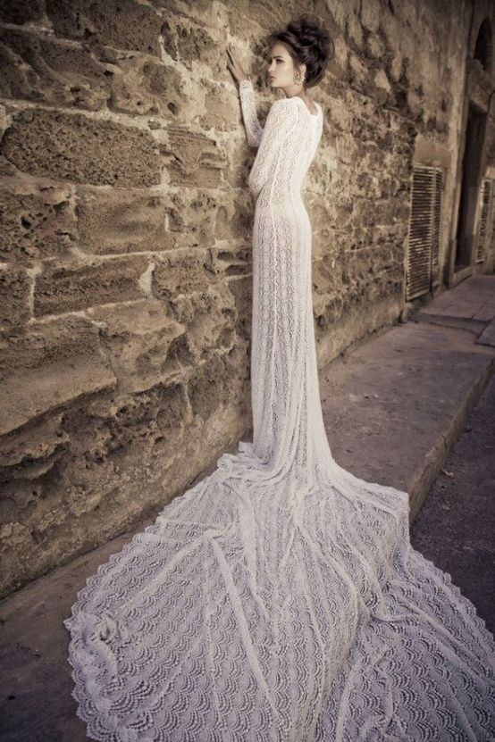 02 17 Rustic Ideas Plum Pretty Sugar Bridal GownsWedding
