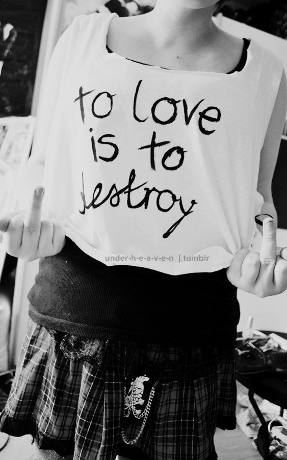 """""""To love is to destroy""""  ~Jace Wayland (City Of Bones! Mortal Instruments)"""