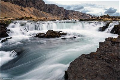 Iceland, landscape, photography, nature, travel, Images Beyond Words, Serge Daniel Knapp, waterfall, long time exposure, roundabout, blue water, hilly, rocks, mountains, view, art