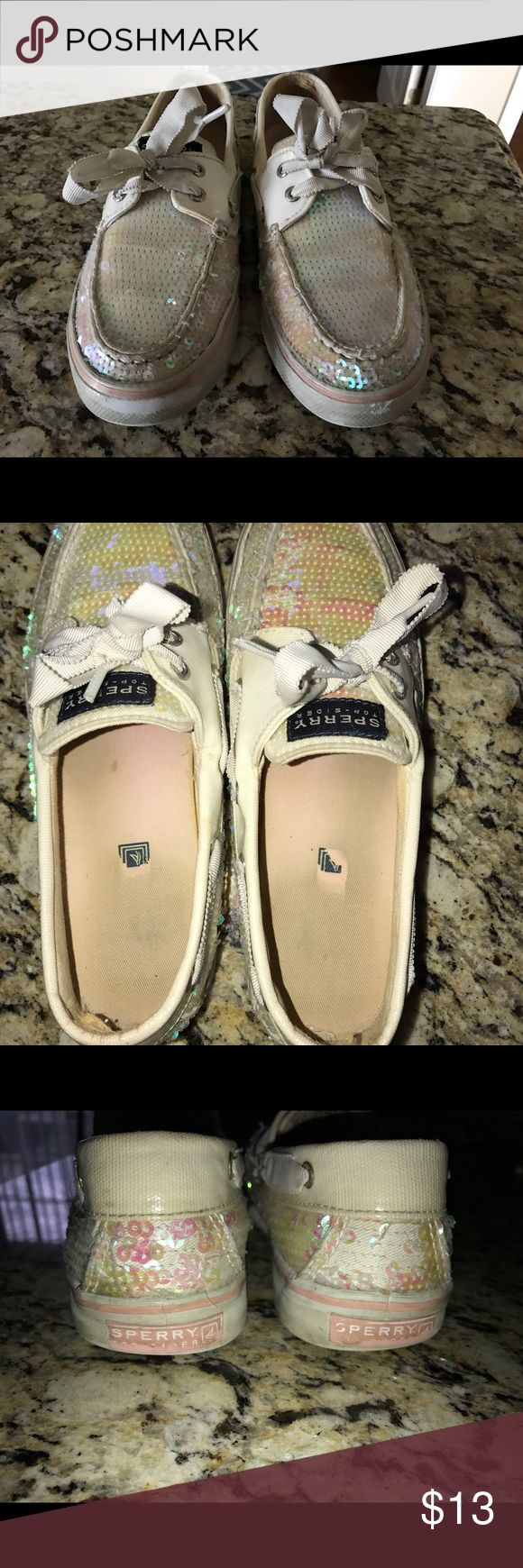Women's sparkle white sperry's Women sparkle white sperry's. Size 7.5... wear & tear. Not asking for a lot on the price. Sperry Top-Sider Shoes Sneakers