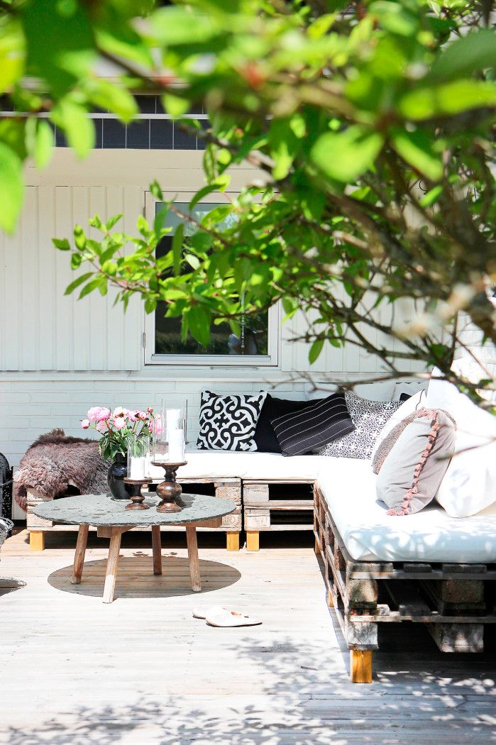Soffa av lastpallar | myhome