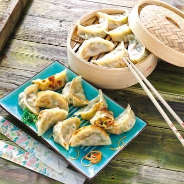 Gemüse Wan Tan - Gefüllt mit Chinakohl, Weißkohl, Zwiebeln, Karotten, Lauch und Shiitakepilzen. Gebraten und gedämpft ein Genuss.