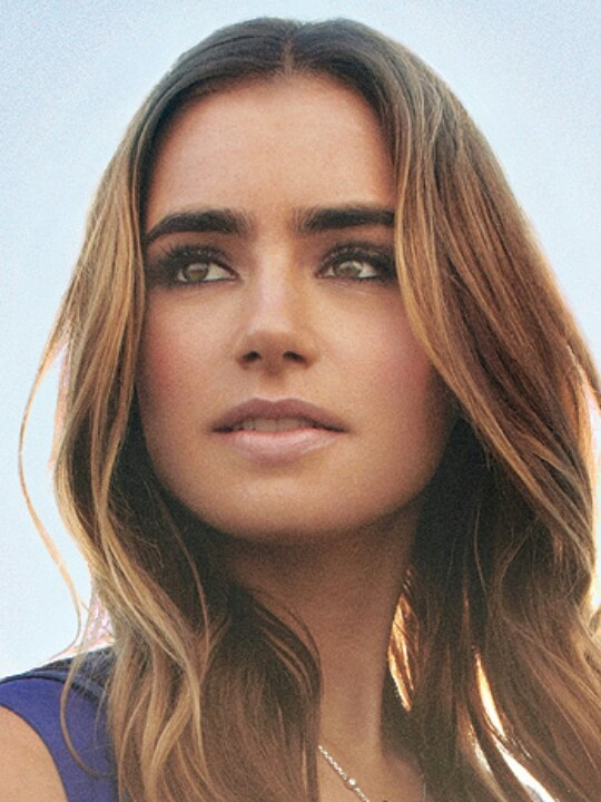 Highlighted Caramel Hair<3 - Lily Collins