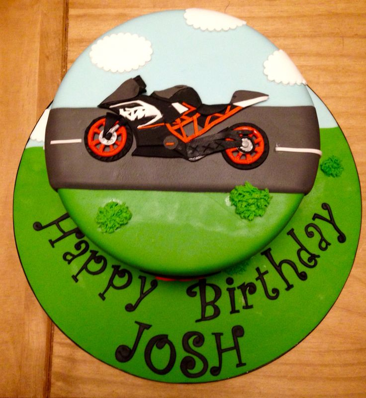 8 best motorbike cake images on Pinterest Motorbike cake