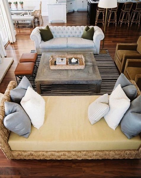 Beach House Decor: Rooms Layout, Idea, Living Rooms, Living Spaces, Furniture Arrangements, Colors, Memorial Tables, Beaches Houses, Families Rooms