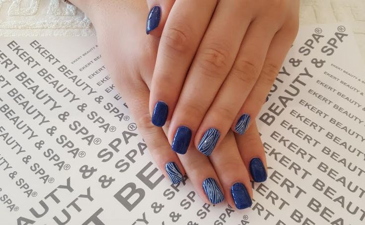 Love Me Ocean Deep&stamp  Perfect and beautiful manicure :)  Shellac, Vinylux, CND #ekert #nails