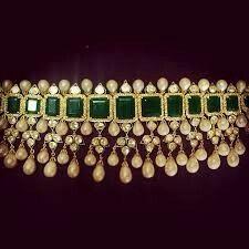 Indian emerald choker