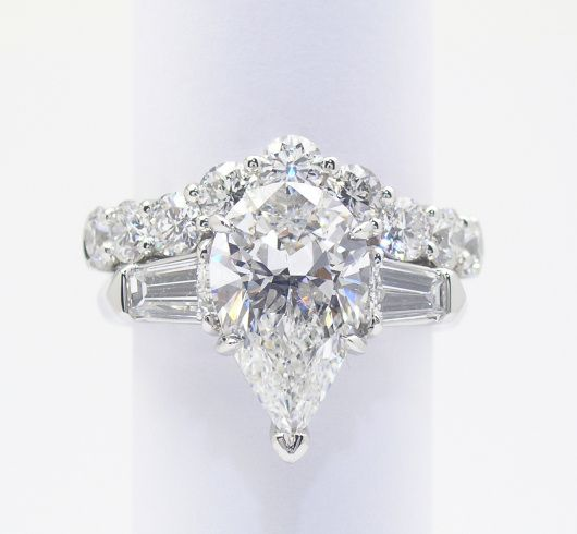 the shaped diamond rings ring antique gorgeous engagement pear wedding