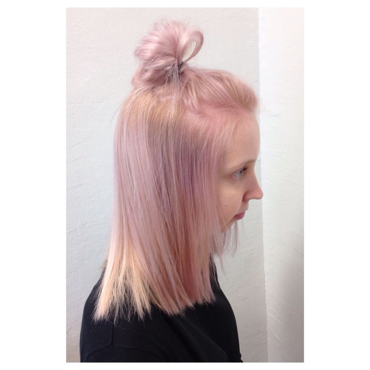 Pastelpink and topknot