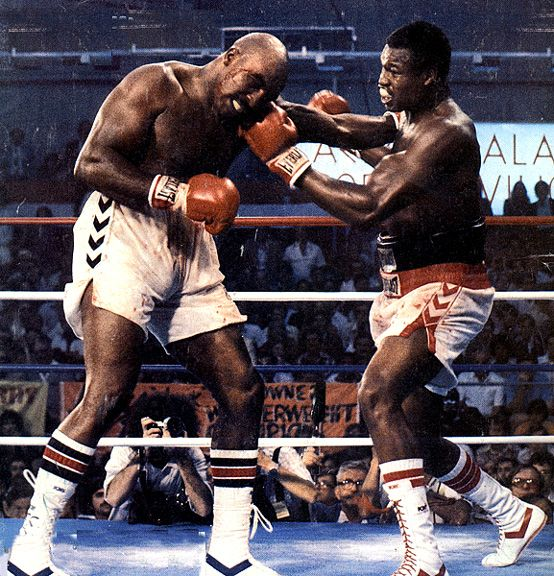 This Day In Boxing History: June 19,1992 - Evander Holyfield beats Larry Holmes in 12 for heavyweight boxing title. keepinitrealsports.tumblr.com keepinitrealsports.wordpress.com Mobile- m.keepinitrealsports.com