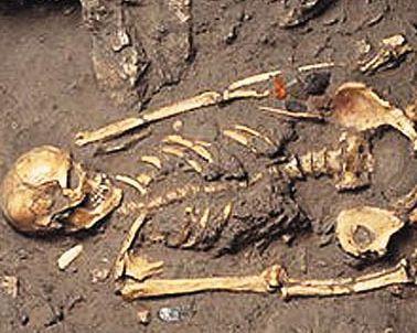 http://www.thetombofamphipolis.com/the-dead Information about the dead of the tomb of Amphipolis