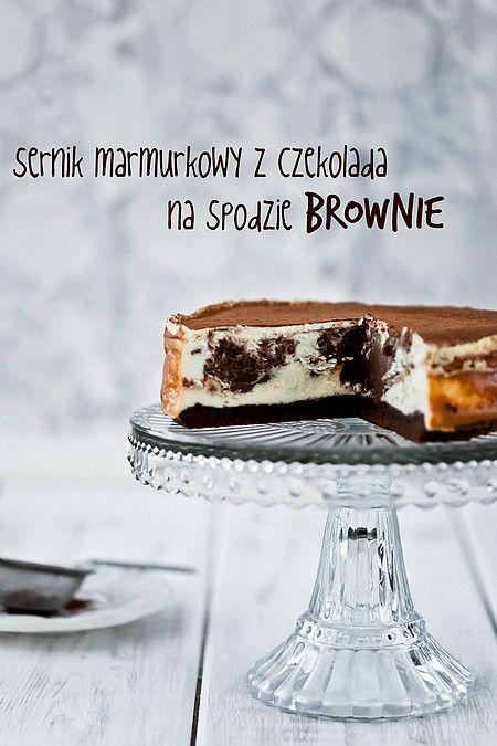 Sernik marmurkowy na spodzie brownie