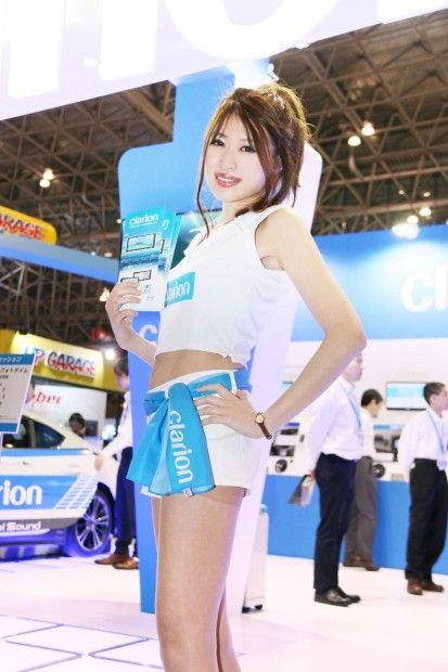 【東京オートサロン2016】女性目線のコンパニオンファッションチェック クラリオン