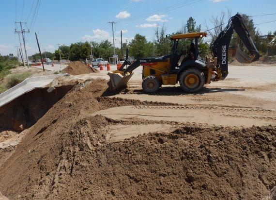 La Secretaría de Comunicaciones y Transportes (SCT) realizó trabajos de reconstrucción en tramo de la carretera Juárez-El Porvenir a la altura del....