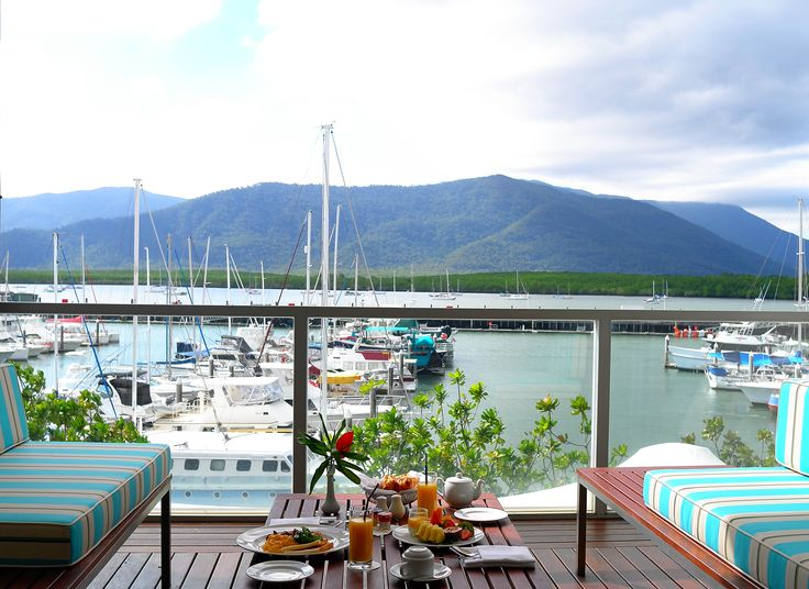 Breakfast in a Horizon Club Room @ Shangri-La Hotel, The Marina, Cairns