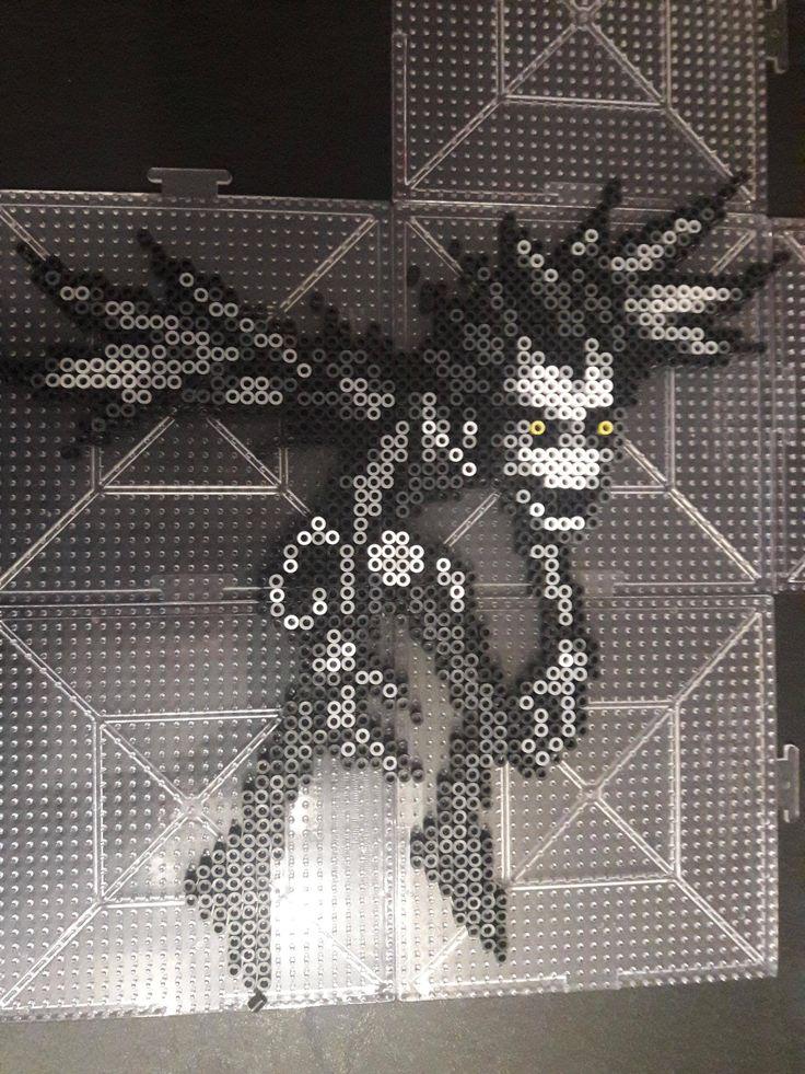 Perler, I didn't like how Ryuk looks inn other patterns online. I fixed him up a bit. - Imgur