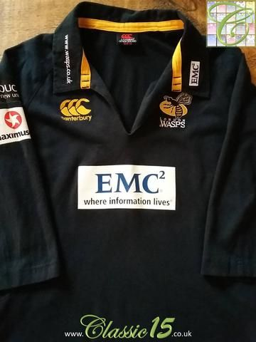 Relive London Wasps' 2009/2010 season with this original Canterbury home rugby shirt.