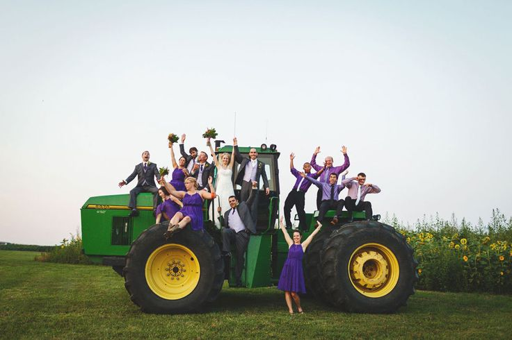 Country Sweet Illinois Wedding On A Sprawling Family Farm With Outdoorsy Touches | Photograph by Rachael Schirano Photography  http://storyboardwedding.com/country-illinois-wedding-rustic-wild-flowers-pastures/