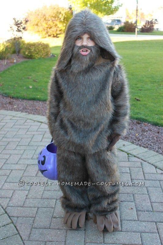 Quick and Easy Kids Bigfoot Costume...