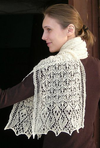 Laminaria Rectangle Stole/Scarf pattern by Elizabeth Freeman - free