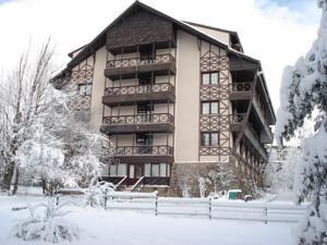 #Bolu #BoluHotels #AbantHotels - #BoluCenter - Koru Hotel - http://www.boluhotels.com/koru-hotel - Hotel Information: Address: Yesilkoy Place Bolu Dagi No: 10, 14800 Yolcatı, Bolu Center The A-star Koru Otel is located on 30 acres of countryside simply 30 km from Bolu. On-website leisure choices embrace spa amenities, a soccer subject and a disco. All rooms embrace a personal ...