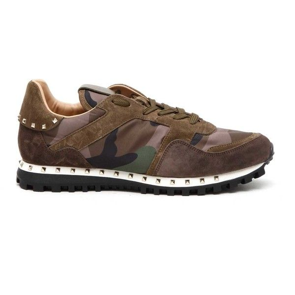 VALENTINO GARAVANI 'Rockrunner' camouflage sneakers (8.712.480 IDR) ❤ liked on Polyvore featuring men's fashion, men's shoes, men's sneakers, mens camo shoes, valentino mens sneakers, mens leather sneakers, valentino mens shoes and mens camo sneakers