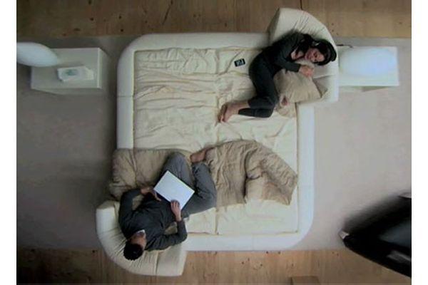 Для каждого найдётся свой уголок на кровати