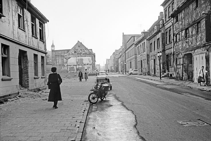 Robert Conrad: Heimatkunde – Greifswald in den 1980er Jahren