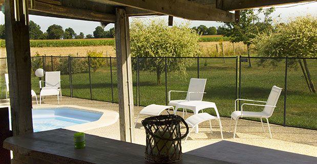 17 meilleures id es propos de bar de la piscine sur pinterest bar patio bars en plein air. Black Bedroom Furniture Sets. Home Design Ideas