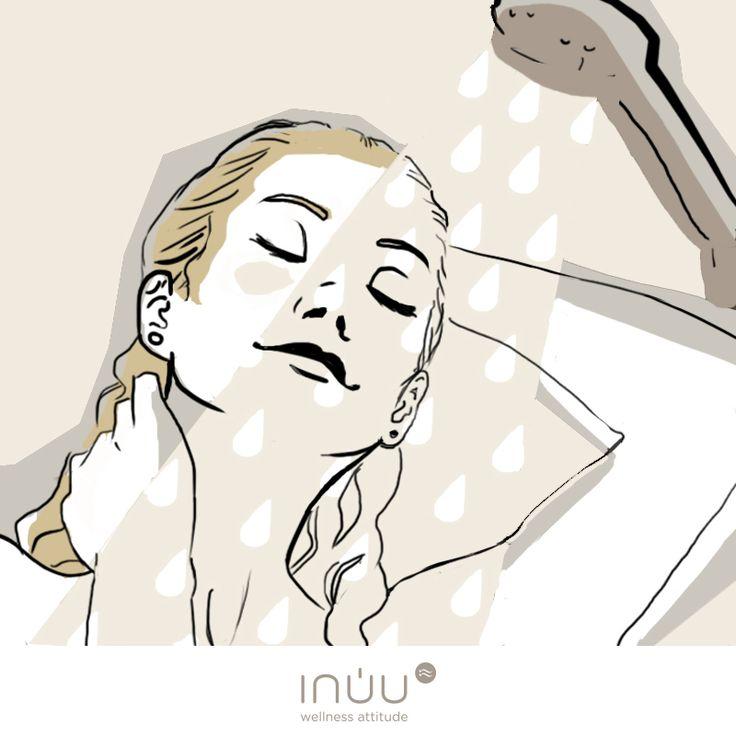 Contrastes que aportan beneficios El agua caliente ayuda a dilatar los poros de nuestra piel, haciendo que la circulación mejore en estar partes del cuerpo. Por el contrario, el agua fría, contrae los vasos sanguíneos y activa la circulación en los órganos internos del cuerpo. Alterna agua fría y caliente…. Y recuerda: ¡acaba siempre con agua fría!
