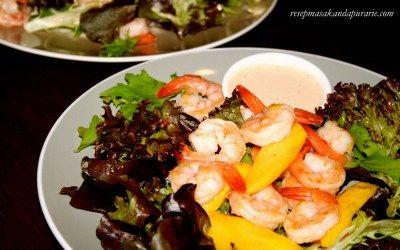 Resep Salad Mangga dan Udang ala Dapur Arie