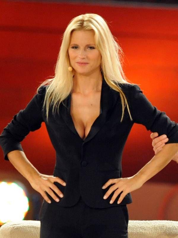 Michelle Hunziker Hort Auf Bei Wetten Dass Fitness Kleidung Damen Deutscher Promi Hubsche Frau