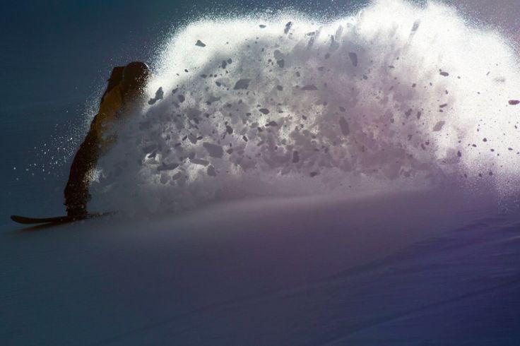 Nobile Snowboards 2017 Collection Model Burst - freeride board. #burst #winter #snowboard #pow #freeride #nobilesnowboards #nobile #snow #design