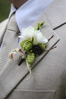 HOPS boutonniere  LOVE this one, is like a real bout...not too rustic