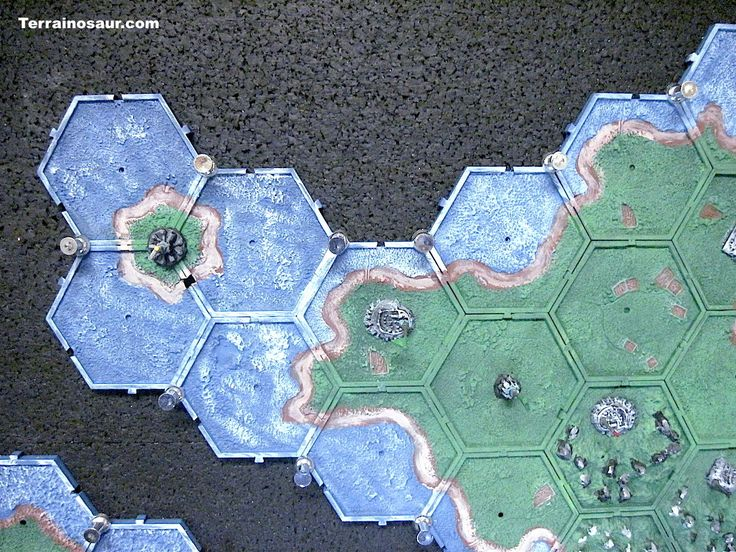 www.Terrainosaur.com :: View topic - Planetary Empires campaign map and case