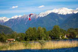 welcome home- Lake como! #kitesurf #foilkites #414kiting #epicgust #travel #europe #como #lake #lakecomo #kite #summer #beautiful #italy