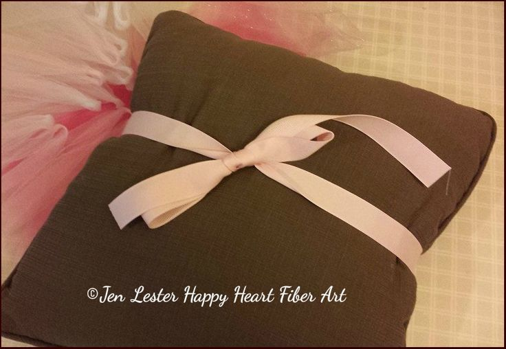 no sew tutu free tutorial knots 4  jen lester happy heart fiber art.jpg.jpg