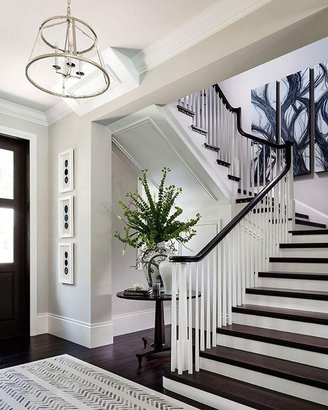 kinda like the black stairs...