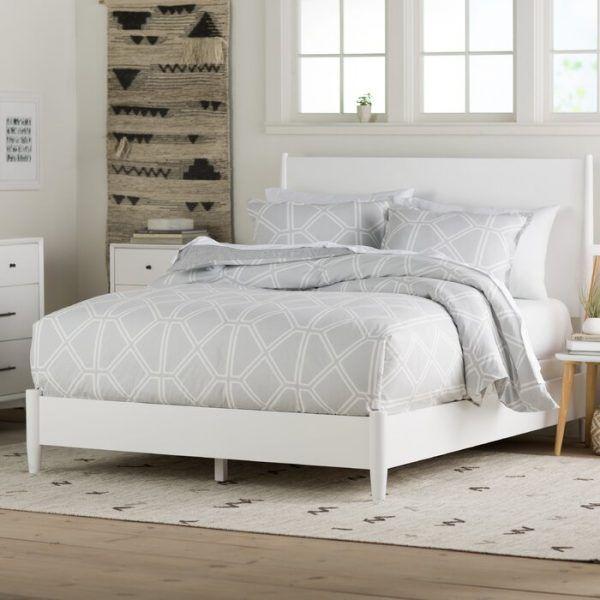Tempat Tidur Putih