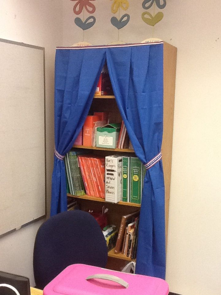 Use Clearance Sheets As A Curtain For Bookshelves Random Crafts And Classroom Ideas