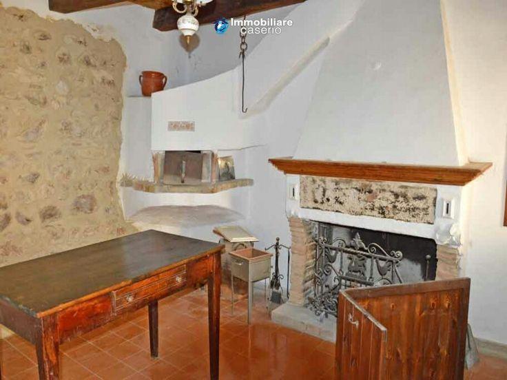 #Ancienne #maison #rénovée #vendre #Carunchio #Abruzzes #Italie #Immobilier #immobiliarecaserio.com #resources.immobiliarecaserio.com #sold