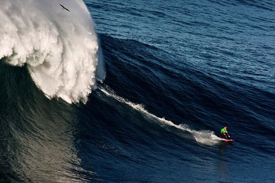 Big wave surfers defy Nazaré in the Red Bull Mito  Via Surfer | 24/10/2012  The world's best big wave surfing teams will be riding the giant waves of Praia do Norte, in Nazaré, Portugal, for the inaugural Red Bull Mito.  #Portugal