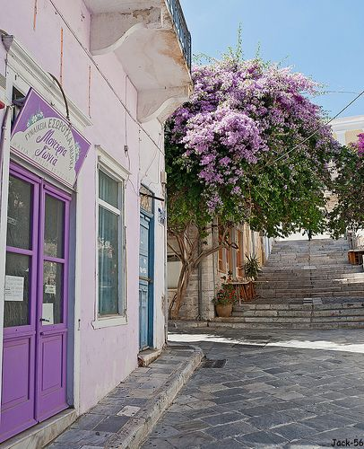 it's not always white and blue, Syros, Greece