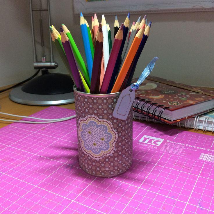 Porta lápis decorado scrapbook