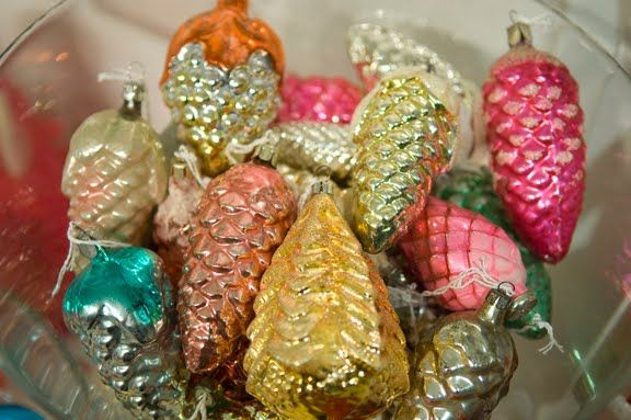 vintage christmas ornaments | ... Christmas trees inside. They would look stunning both on a Christmas