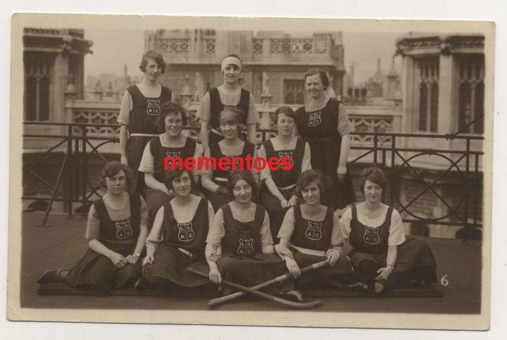 Ealing Girls Hockey Team Postcard c1920's School? LLAG