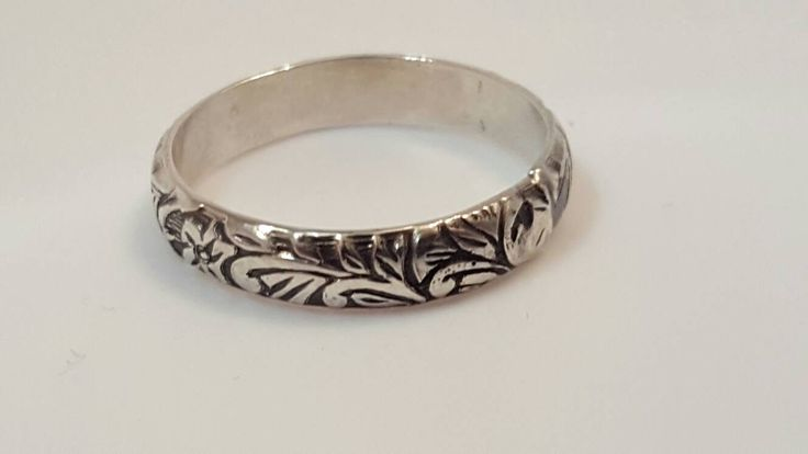 Vine Wedding Ring, Floral Band Ring, Silver Wedding Ring, Simple Purity Ring Promise Ring for Her by SilverBearJewelryCo on Etsy https://www.etsy.com/listing/474185135/vine-wedding-ring-floral-band-ring