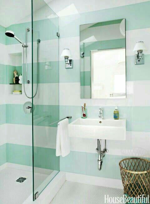 Pin von Christie auf Badezimmer mit Pfiff | Kleines bad ...
