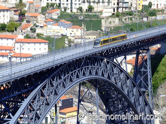 The modern metropolitan Porto is very efficient and connects in few minutes the old town with the international airport Francisco Sa Carneiro (11 Kms north of the city), and railway stations in Porto Campanha and Porto Sao Bento.